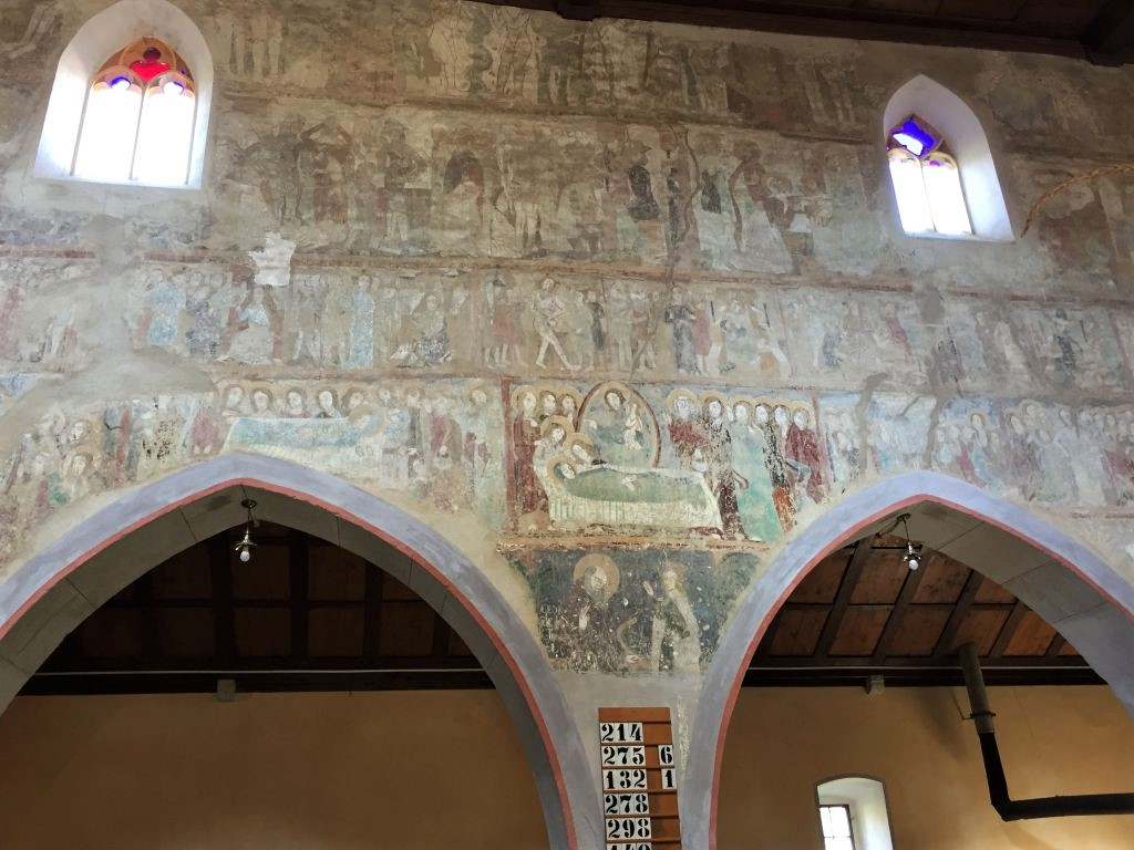 Wandmalereien an der Nordwand der Wehrkirche von Malmkrog in Siebenbuergen