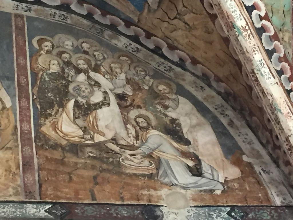 Fusswaschung - Detail des Freskos an der Chorwand der Kirchenburg von Malmkrog