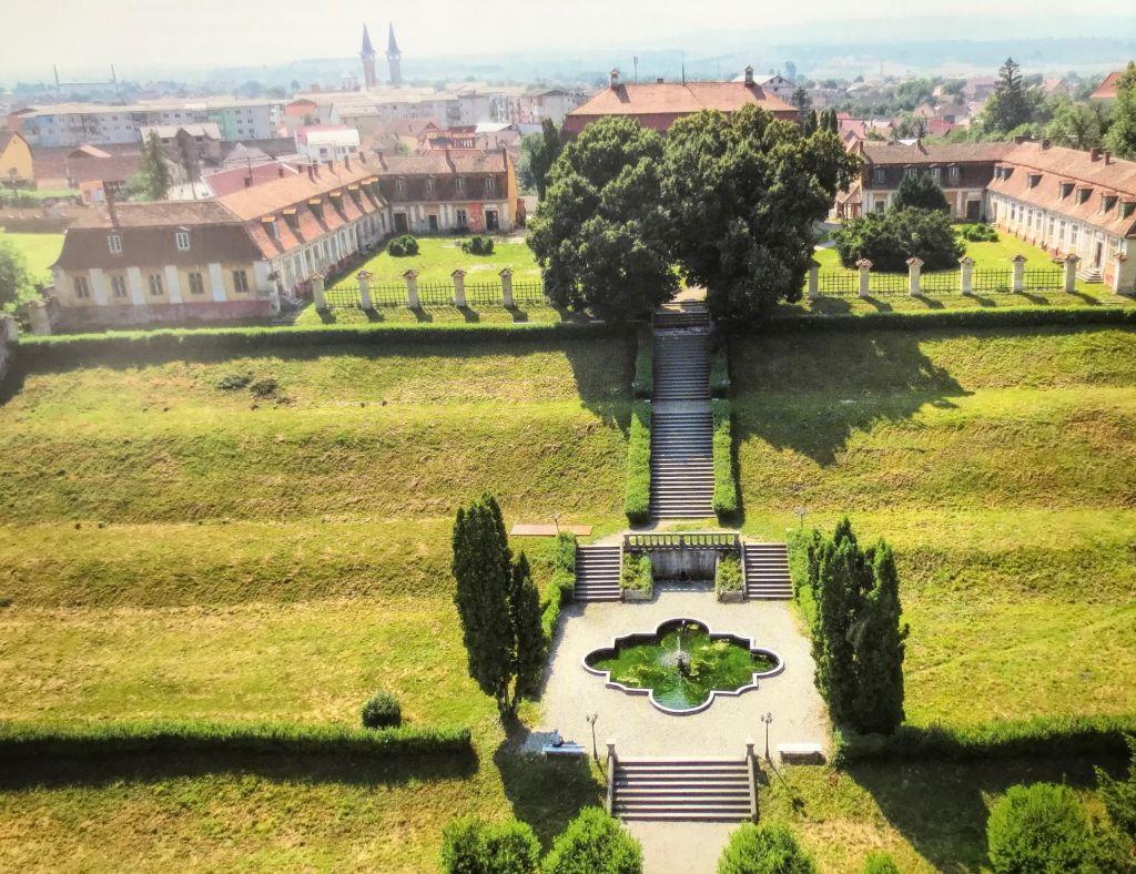 Barockschloss in Freck; Fotografie aus dem Bildband Ueber Siebenbuergen