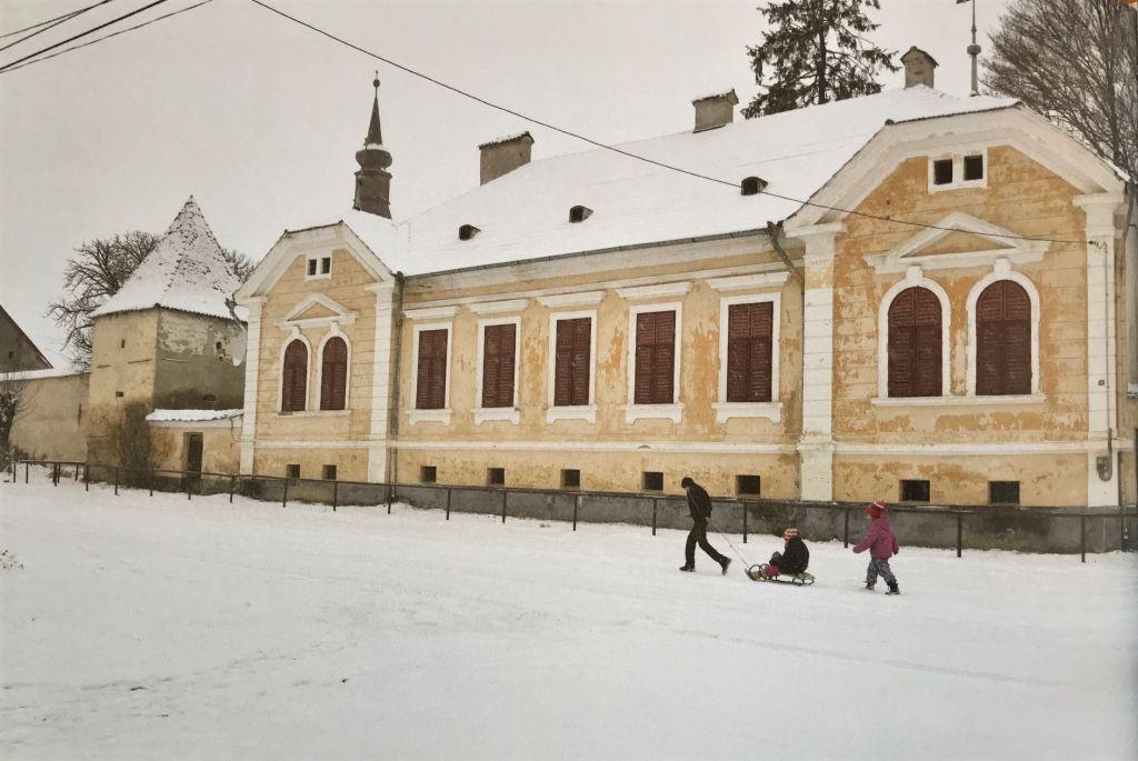 winterliche Idylle in Kleinschenk, Siebenbuergen; Fotografie aus dem Bildband Das Repser und das Fogarascher Land