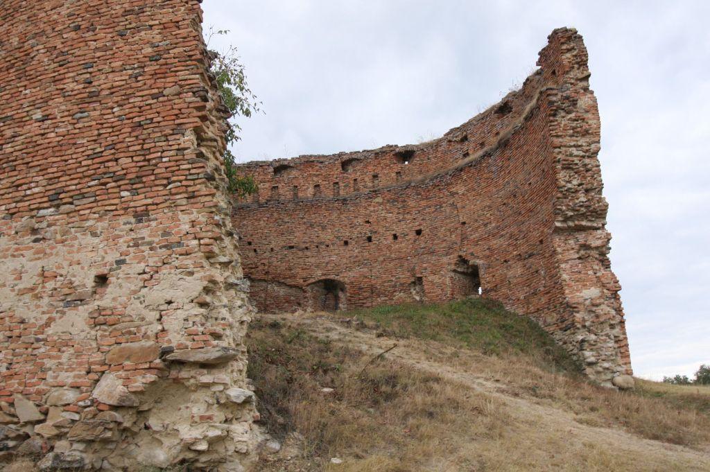 Ruine des Brunnenhofs der Stolzenburg / Slimnic, Siebenbuergen