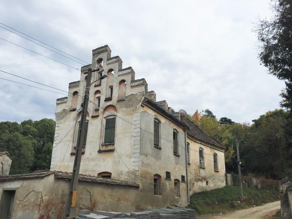 ehemaliges, evangelisches Pfarrhaus mit Treppengiebel in Stolzenburg / Slimnic, Siebenbuergen