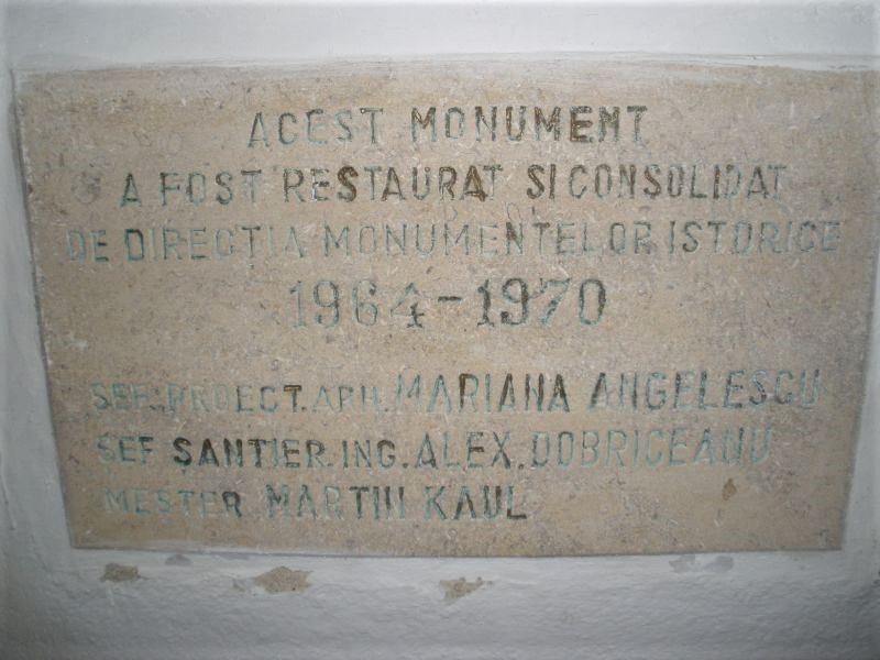Inschrift in der Heilig Kreuz Kirche von Tartlau / Prejmer