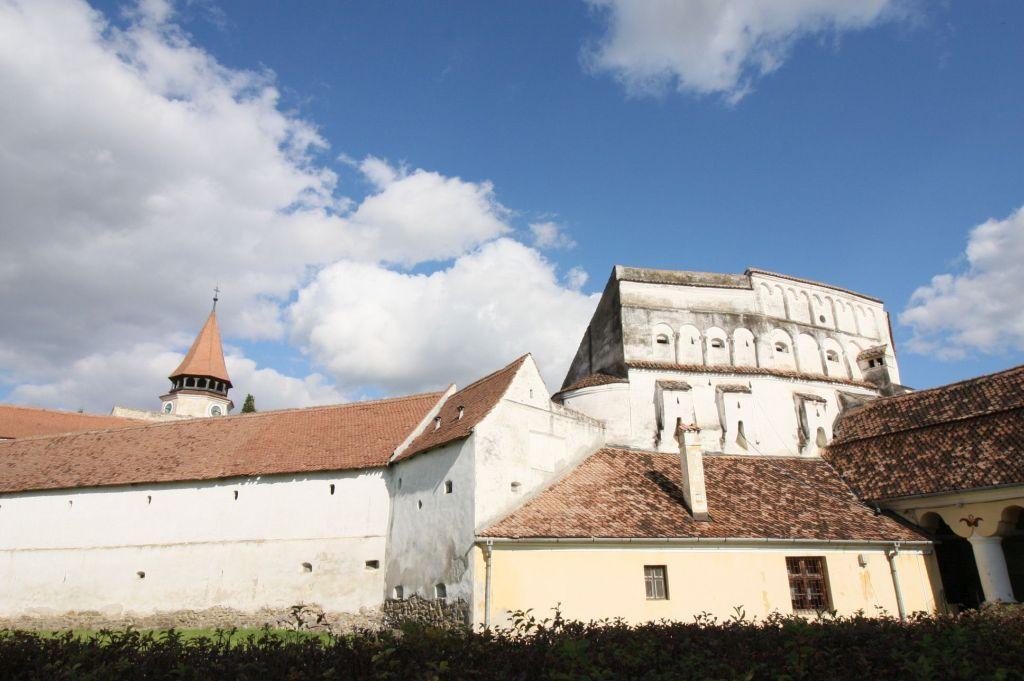 Barbakane und Ringmauer der Kirchenburg von Tartlau / Prejmer