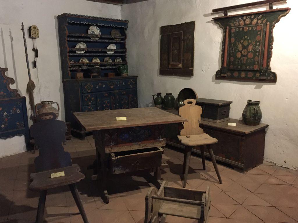 Bauernstube im Museum in der Kirchenburg von Tartlau in Siebenbuergen