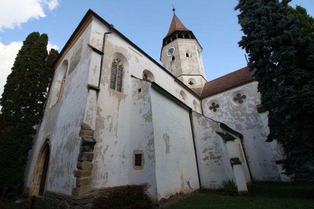 Aussenansicht Langsschiff der Heilig Kreuz Kirche von Tartlau / Prejmer