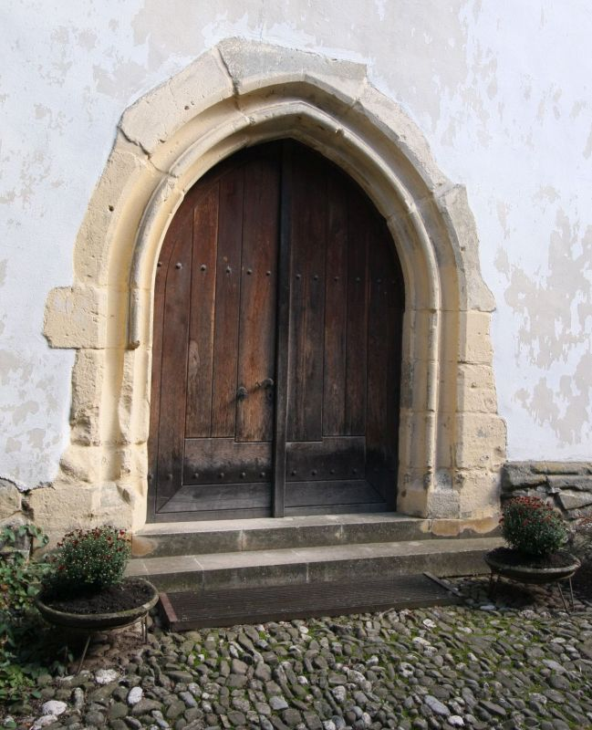 Westtor der Heilig Kreuz Kirche von Tartlau / Prejmer