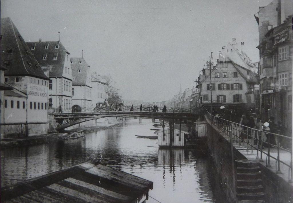 Fotografie der Rabenbruecke in Strassburg 1880