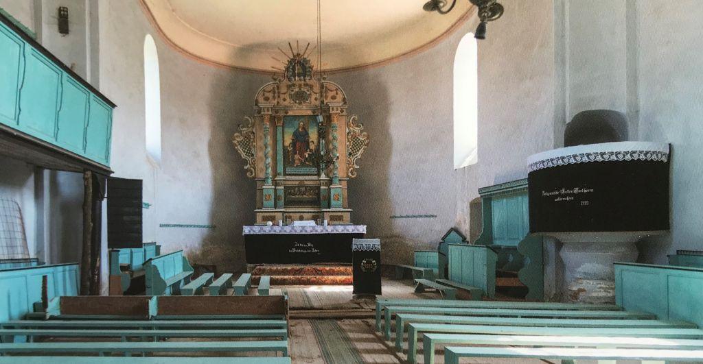 Innenansicht evangelische Kirche in Maldorf aus dem Bildband Einblicke ins Zwischenkokelgebiet von Martin Rill