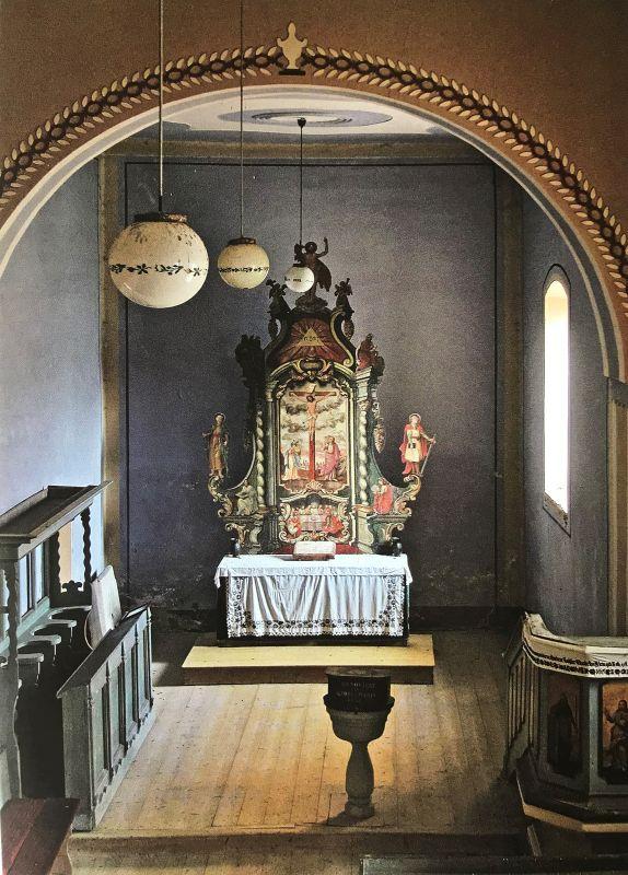 Blick auf den Altar der Kirche von Raetsch aus dem Buch Siebenbuergen Bilder einer Reise 2 von Peter Jacobi