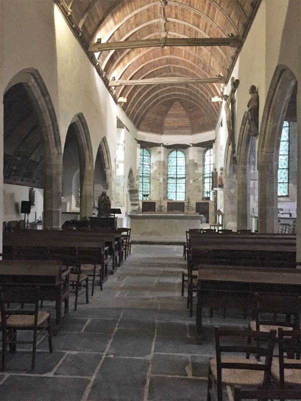Langhaus Kapelle Kermaria an Iskuit in der Bretagne