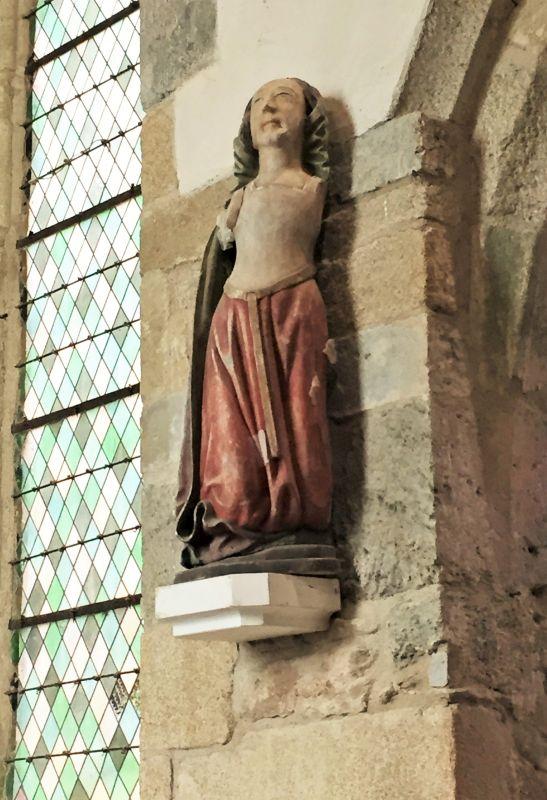 Holzstatue Sainte Berte Chapelle Kermaria an Iskuit
