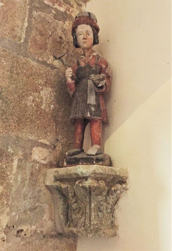 Holzstatue des Heiligen Elogius in der Kirche Ker Maria an Iskuit