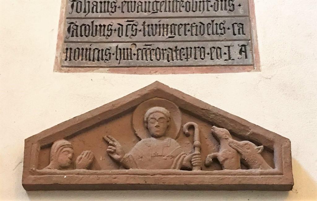 Tympanon mit dem Heiligen Blasius in der Eglise Saint Thomas in Strasbourg