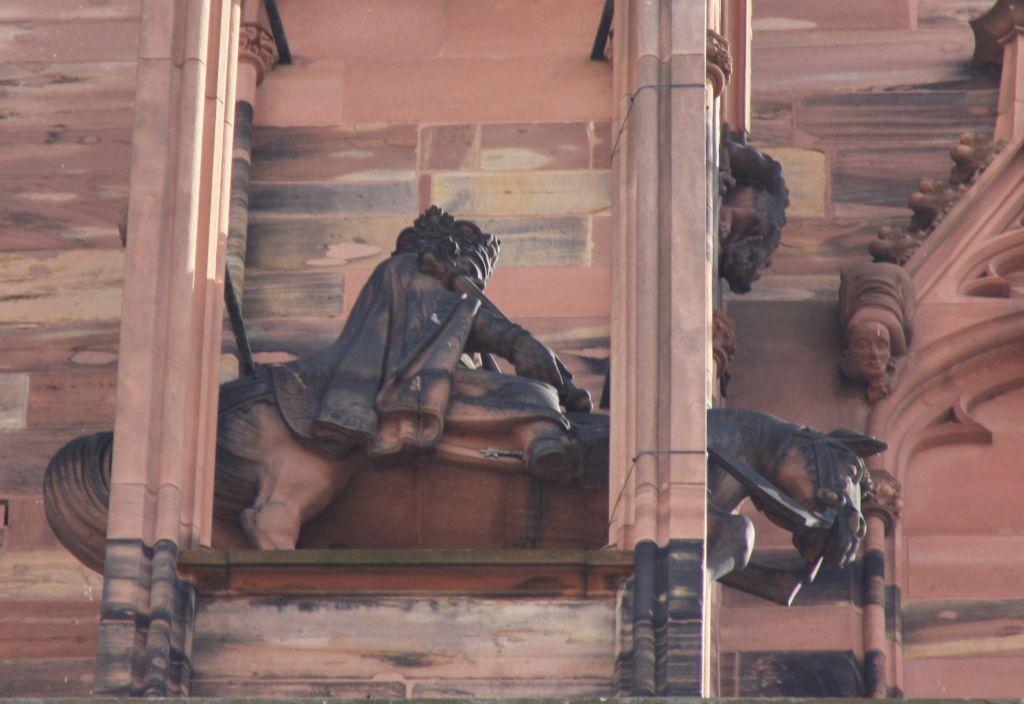 Reiterfigur Koenig Ludwig II der Germane am Strassburger Muenster