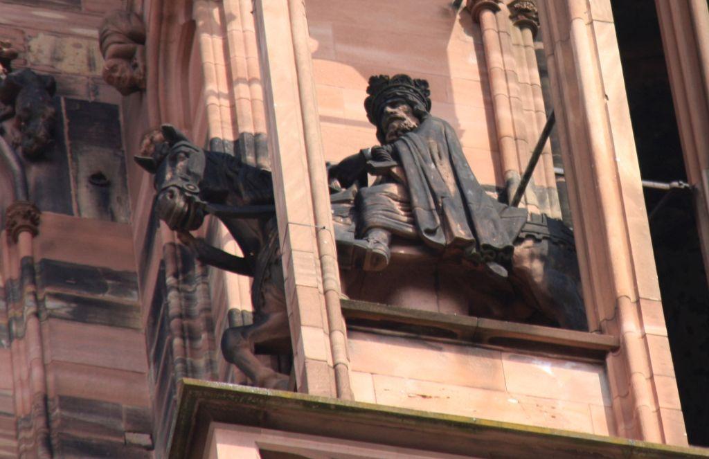 Reiterfigur Koenig Pippin III der Kurze am Strassburger Muenster