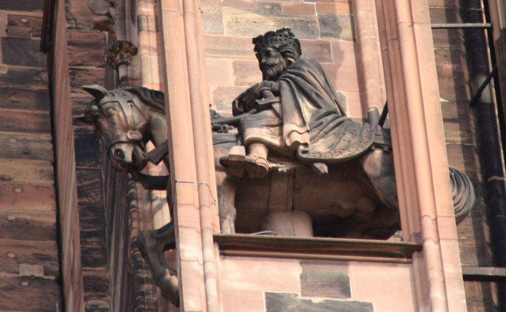 Reiterfigur Kaiser Otto I. am Strassburger Muenster