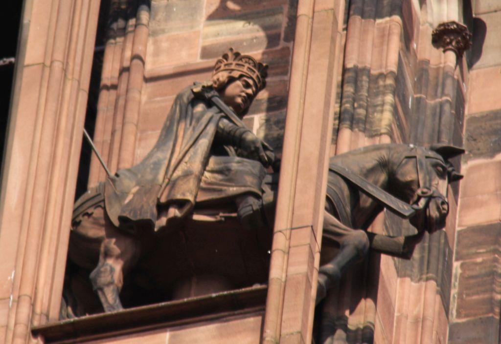 Reiterfigur Koenig Heinrich I. am Strassburger Muenster