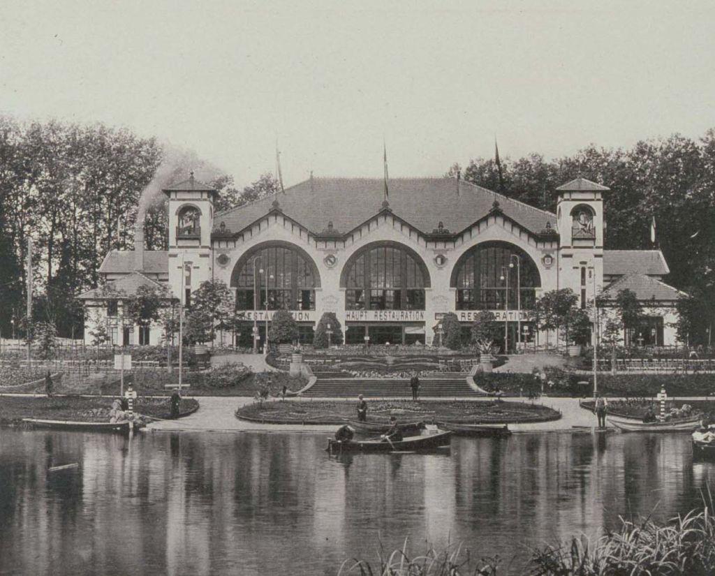 Festsaal der Industrie- und Gewerbeausstellung in Strassburg 1895