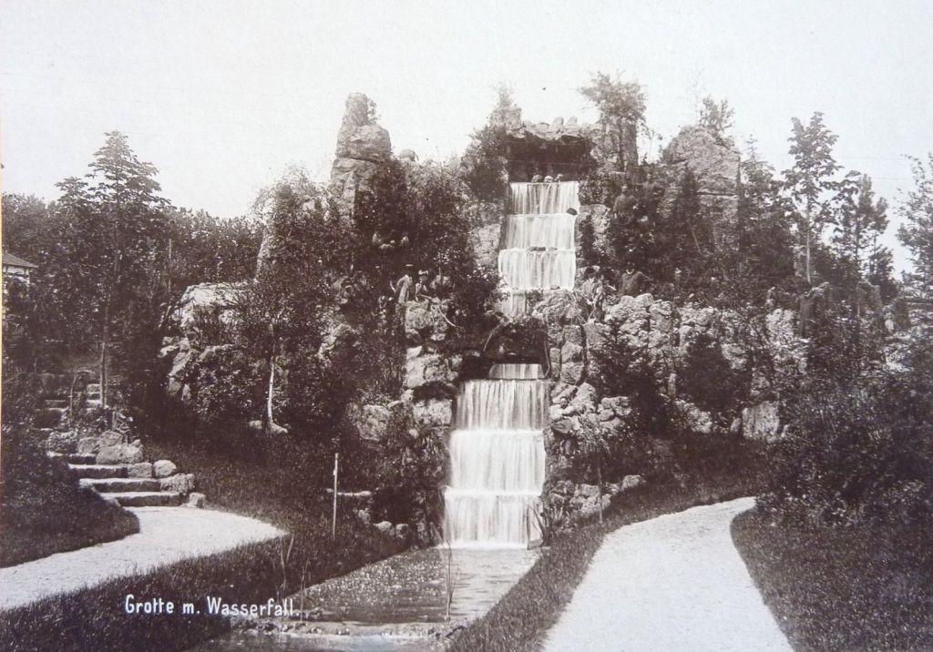 Kaskade in der Orangerie in Strassburg anno 1895