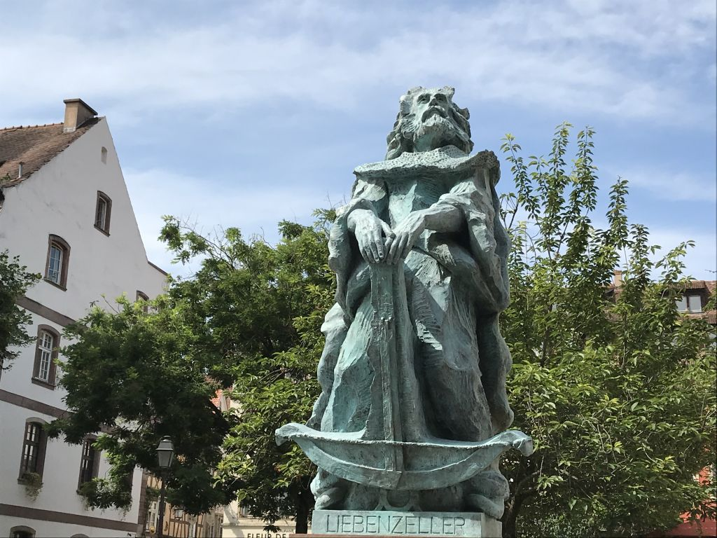 Liebenzeller-Statue am Place Tripiers in Strassburg
