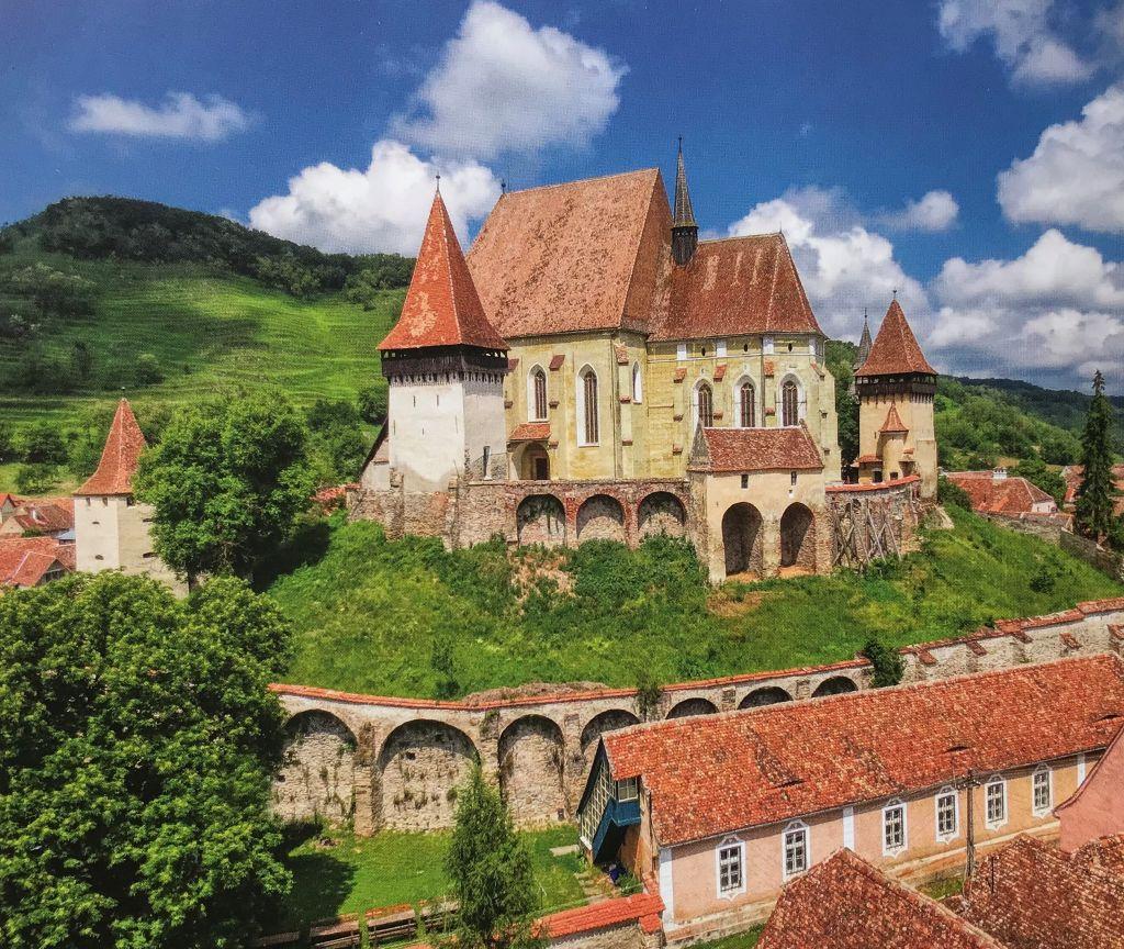 Kirchenburg in Birthaelm aus dem Buch Kirchenburgen im mittleren Kokelland mit Birthaelm